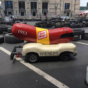 Thumb_wienermobile-win